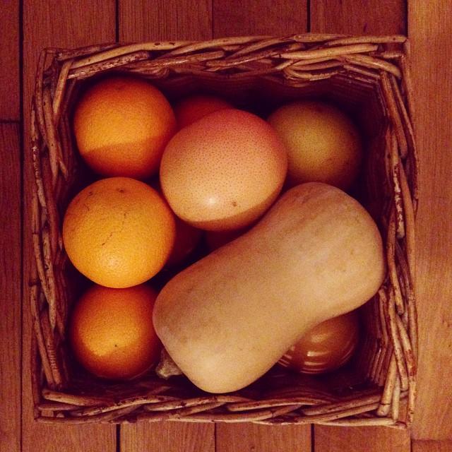Lumière du jour: ORANGE ! Voilà c'est ça, c'est l'automne + les vitamines qui vont avec ! #ilovefall #orange