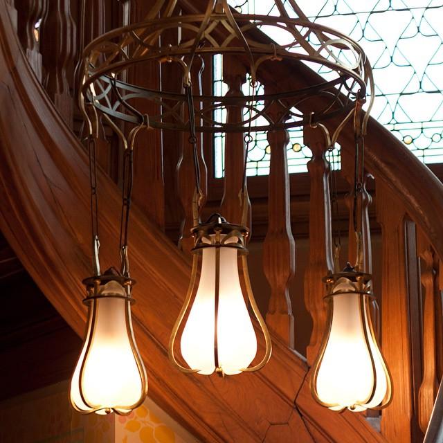Villa Demoiselle à Reims. Superbe exemple de restauration réussie ! A visiter absolument. #artnouveau #artdeco #jugendstil #reims #pommery #vranken #vrankenpommery #cristalleriesdesaintlouis