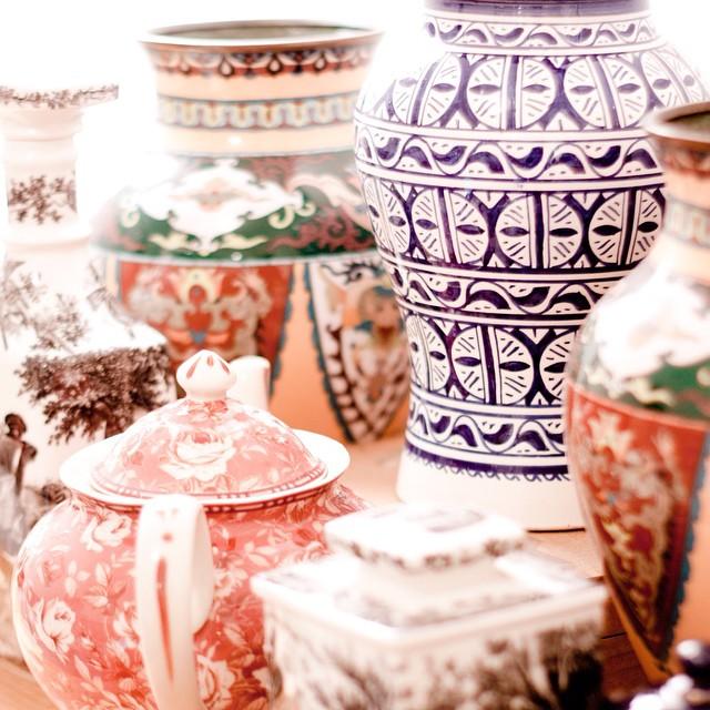 #home #accumulation #vases #emailcloisonne #tabatiere #villeroyetboch #artemis #poterie #fes #fez #theiere #faience #porcelaine